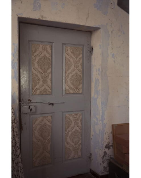 armoire-mur-pièce