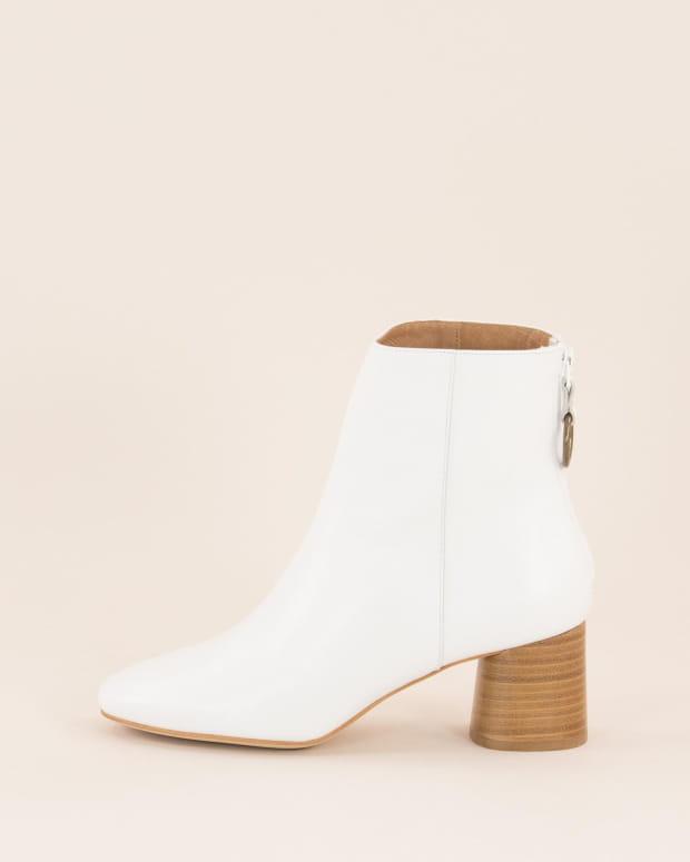Anouk - White
