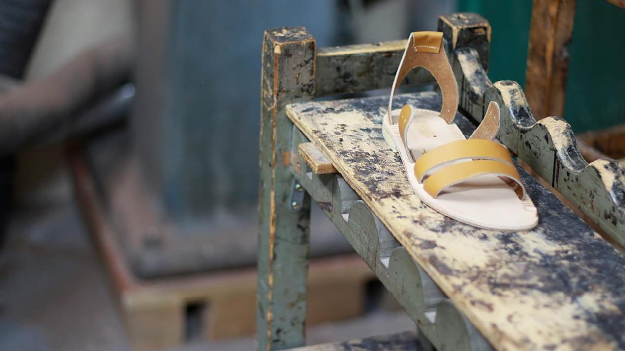 Réunion éléments sandale