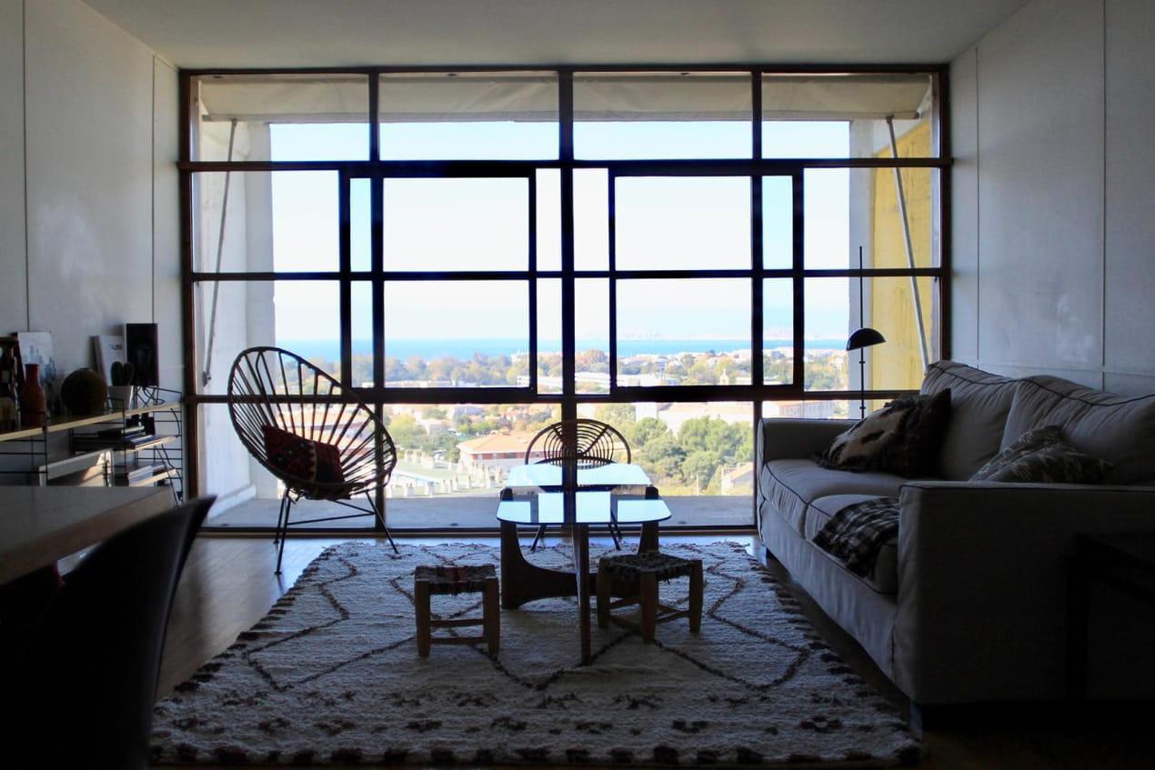 Salon Le Corbusier vue sur l'extérieur