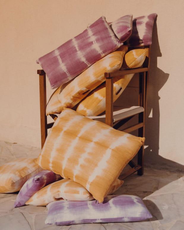 Pondi cushion